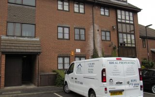 2 Bedroom Upper Floor flat, Beechgrove House, Wallace Street, Spital Tongues, NE2 4AU