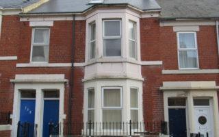 3 Bed upper floor flat, Strathmore Crescent, Benwell, NE4 8AU